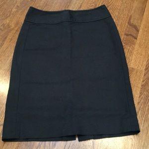 Gap women's black pencil skirt 2 back pockets